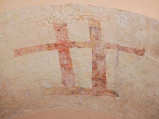 Croix double dans l'église de Serres
