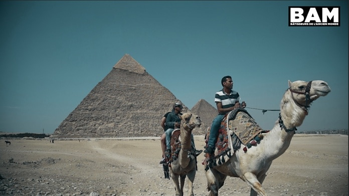 La Révélation des pyramides dans le film Les Bâtisseurs de l'Ancien Monde
