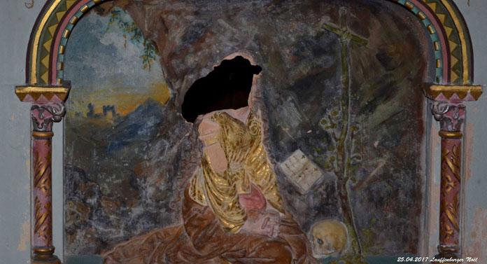 La peinture du bas-relief de Marie-Madeleine sous le maitre-autel détériorée - Noël Lauffenburger ©