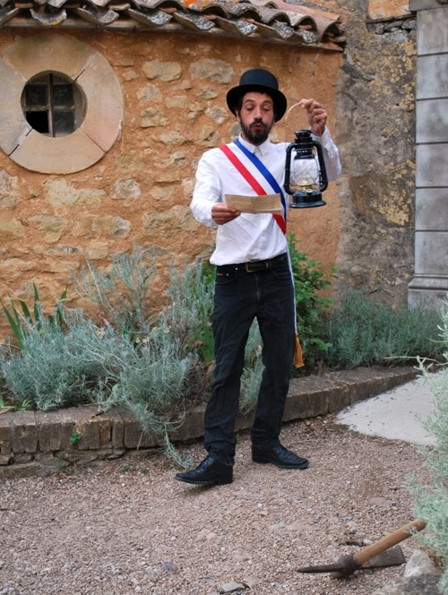 Le maire interdit les fouilles dans le cimetière de Rennes-le-Château.