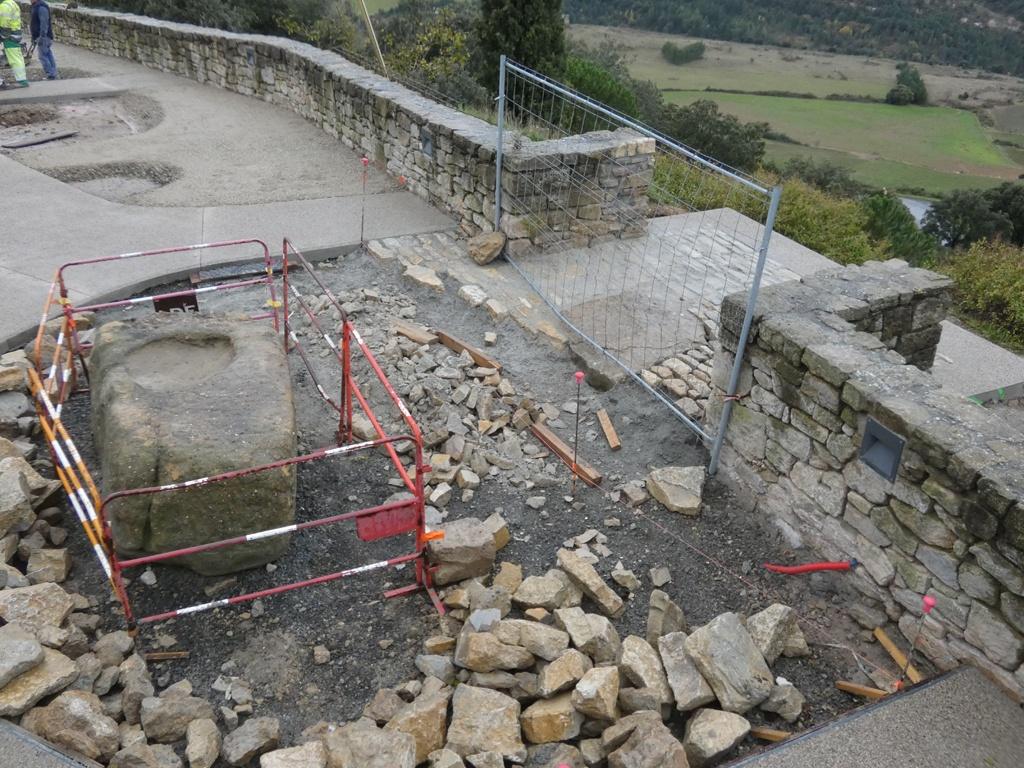 Une partie du belvédère et la pierre de Pailhères ce 24 novembre 2019