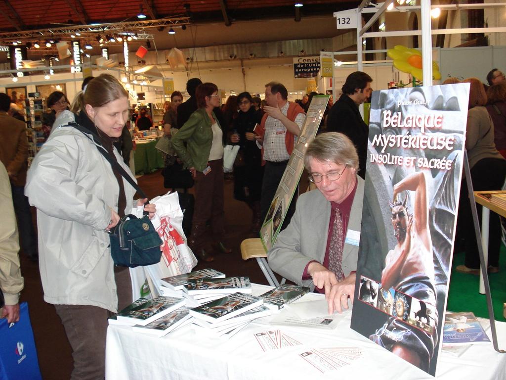 Pierre Guelff à la foire du livre de Bruxelles