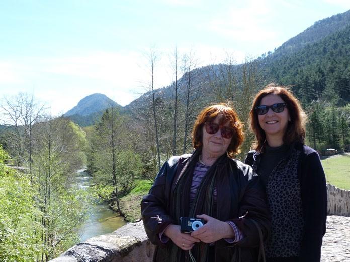 Val Wineyard et Kris Darquis au pont de Serres