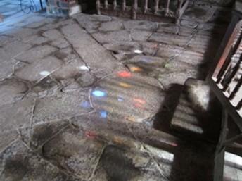 """La """"vescica"""" de la chapelle Saint-Gobrien et les pommes bleues"""