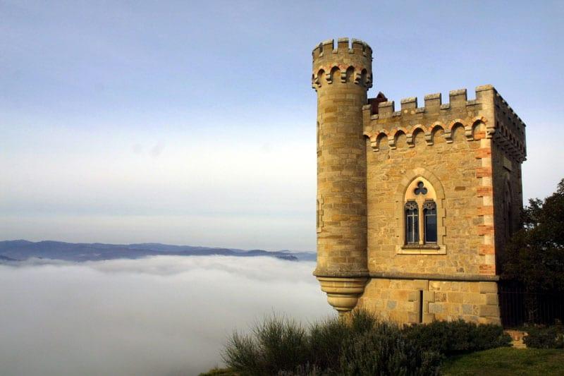 Financement de la tour Magdala grâce aux congrégations